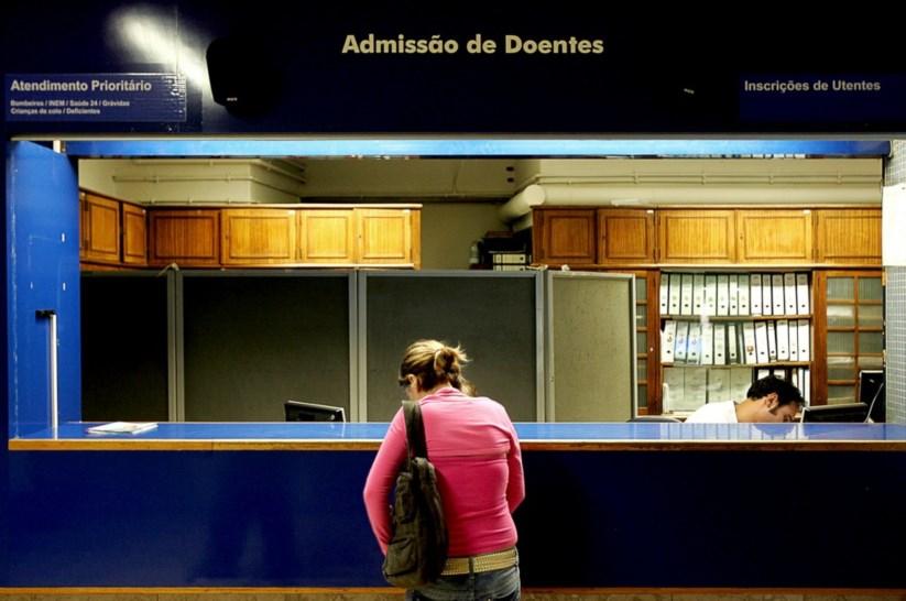 d124a0934 Demissões em bloco na Saúde após morte de jovem no Hospital de São José |  Saúde | PÚBLICO