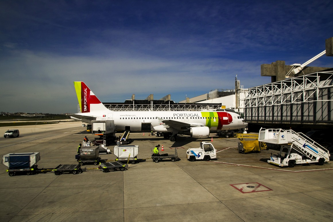 Aeroporto Internacional De Lisboa Nome : Aeroporto de lisboa muda nome em homenagem a humberto