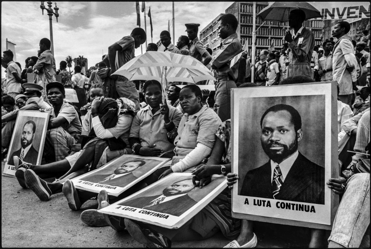 """03a9bb360ebc5 Moçambique  """"Quantos milhões morreram na saga do colonialismo ..."""
