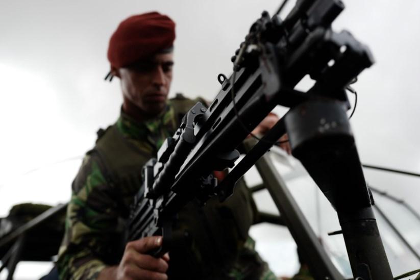 Comando que morreu terá sido forçado a comer terra depois de entrar ... f781aa51e34
