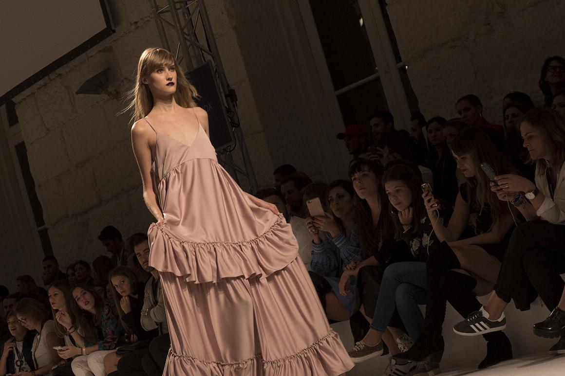 PÚBLICO - Diogo Miranda e as <i>Demoiselles</i> de Picasso numa noite no Portugal Fashion