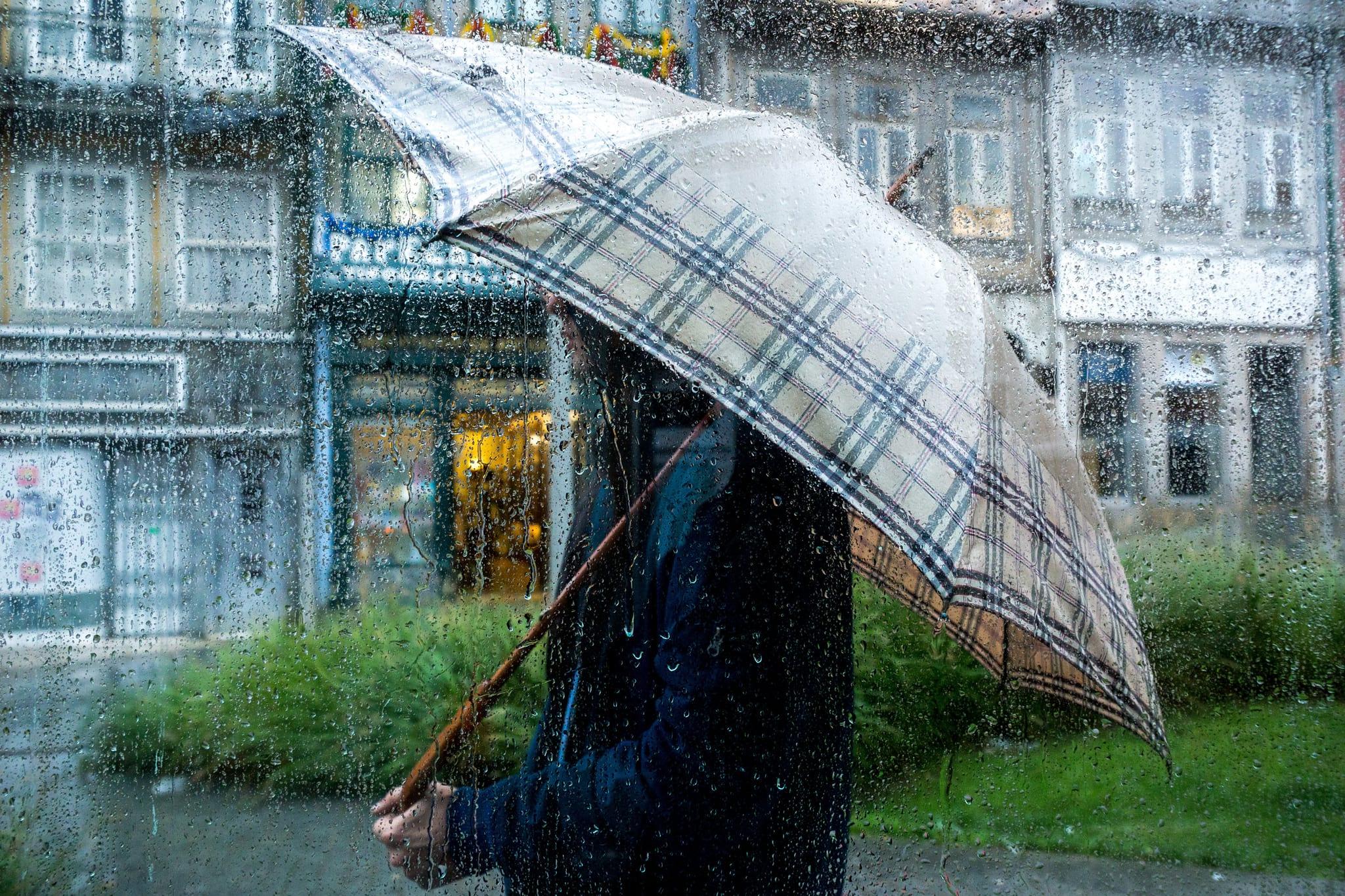 Resultado de imagem para Fim de semana com chuva, vento, descida da temperatura e queda de neve