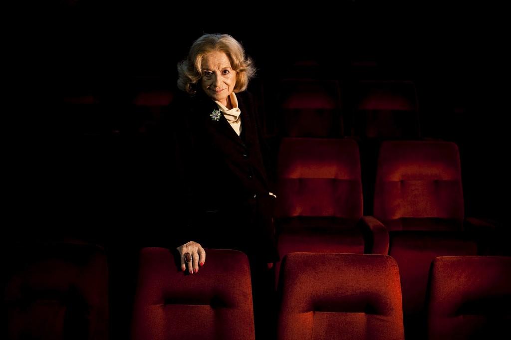 PÚBLICO - Teatro Nacional D. Maria II homenageia os 75 anos da carreira de Eunice Muñoz