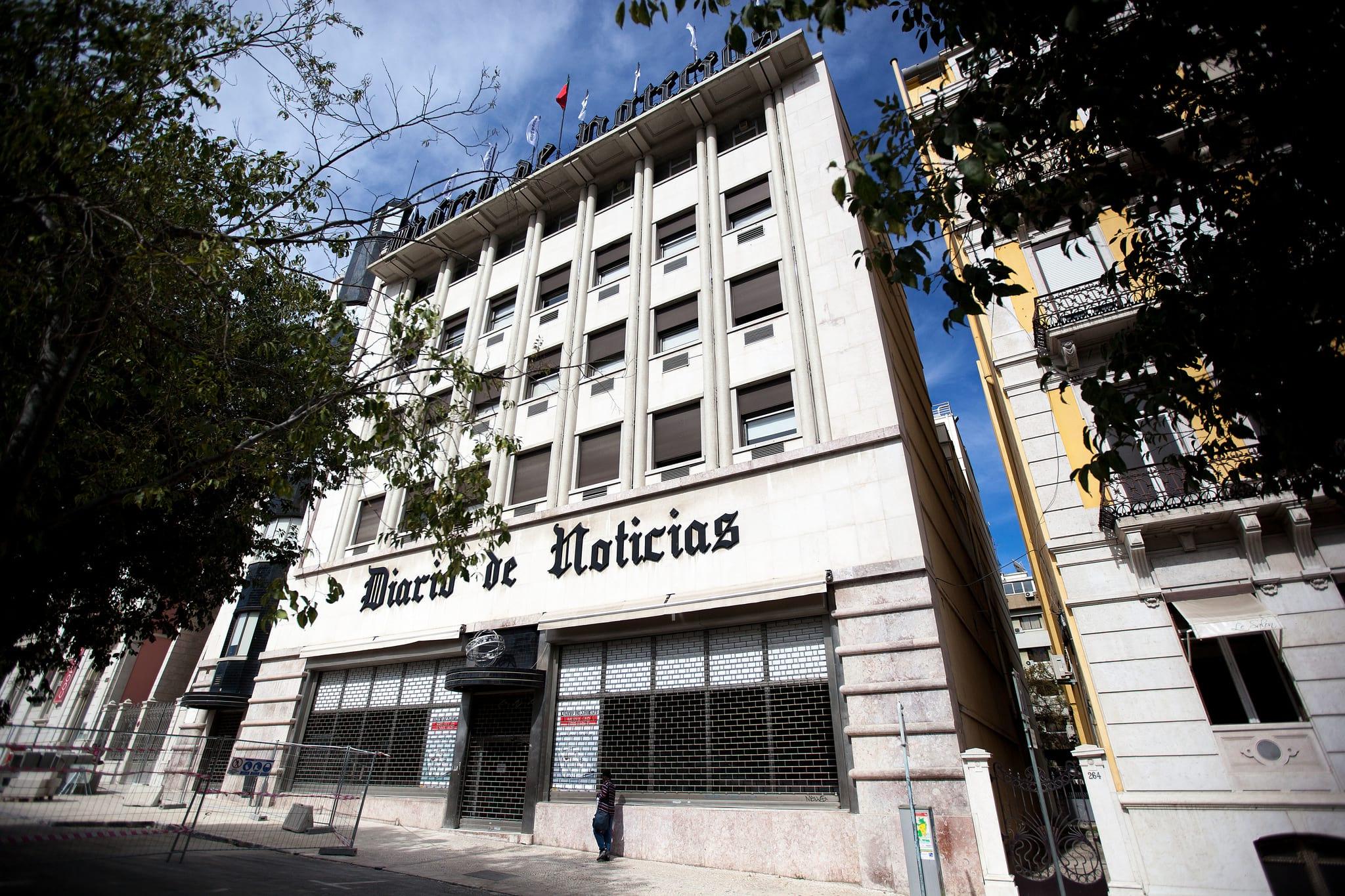 É preciso proteger o espólio da antiga sede do <i> Diário de Notícias</i>, diz movimento