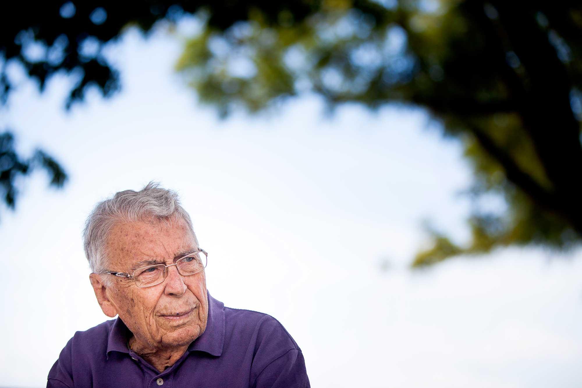 PÚBLICO - Morreu Hugo Ribeiro, o homem que nos ensinou como ouvir Amália