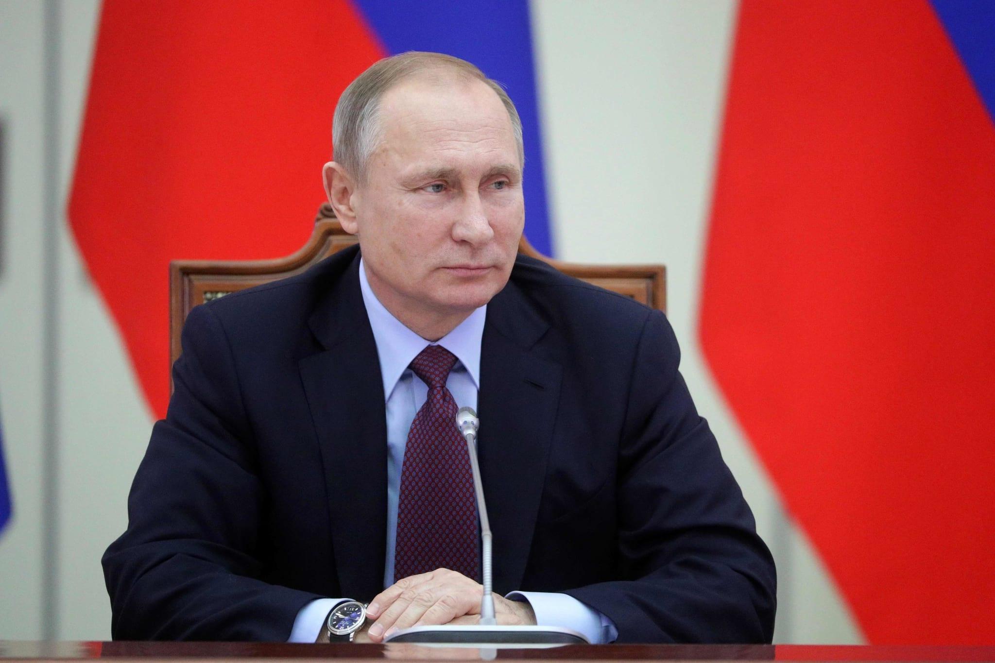 PÚBLICO - Rússia aperta controlo da Internet