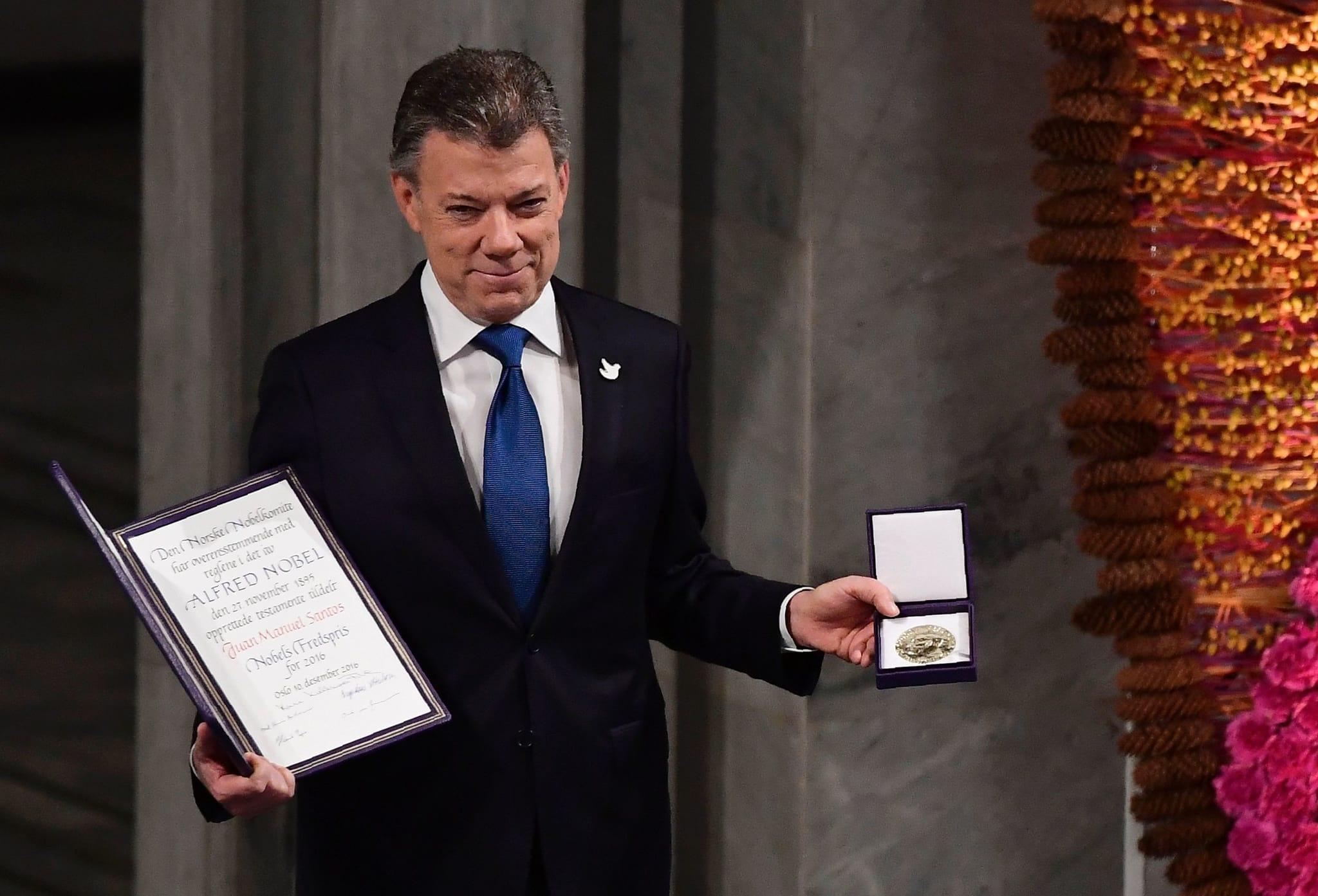 PÚBLICO - Juan Manuel Santos diz que paz na Colômbia pode ser um exemplo para a Síria