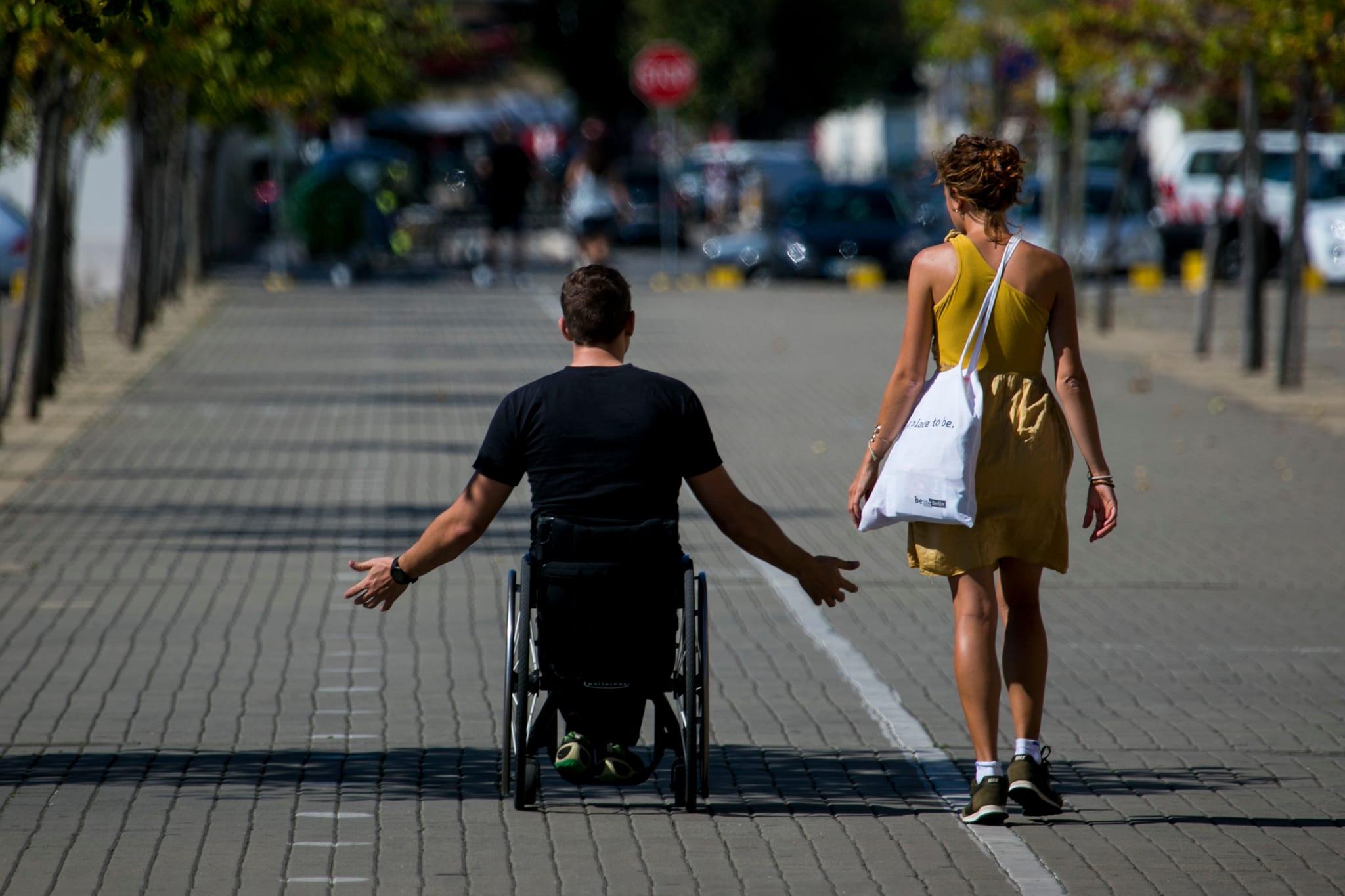 Resultado de imagem para deficientes