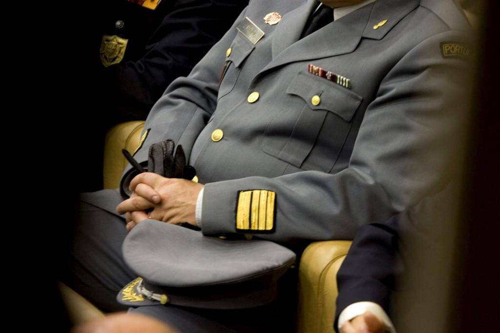 Dos 17 militares a exercerem funções de juízes, apenas três se licenciaram em Direito