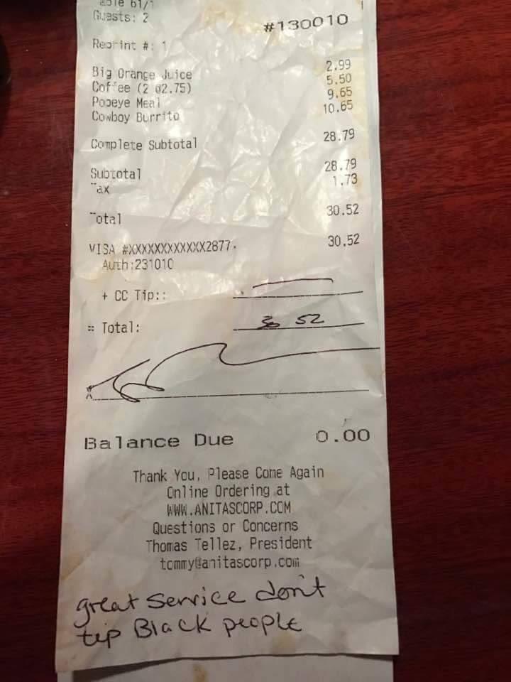 Solidariedade com empregada que recebeu nota racista em vez de gorjeta