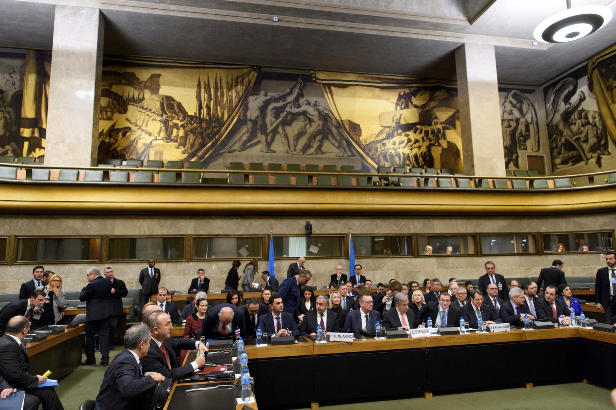 """Guterresacredita que cipriotas gregos e turcos farão um """"último esforço"""" para chegar a acordo"""