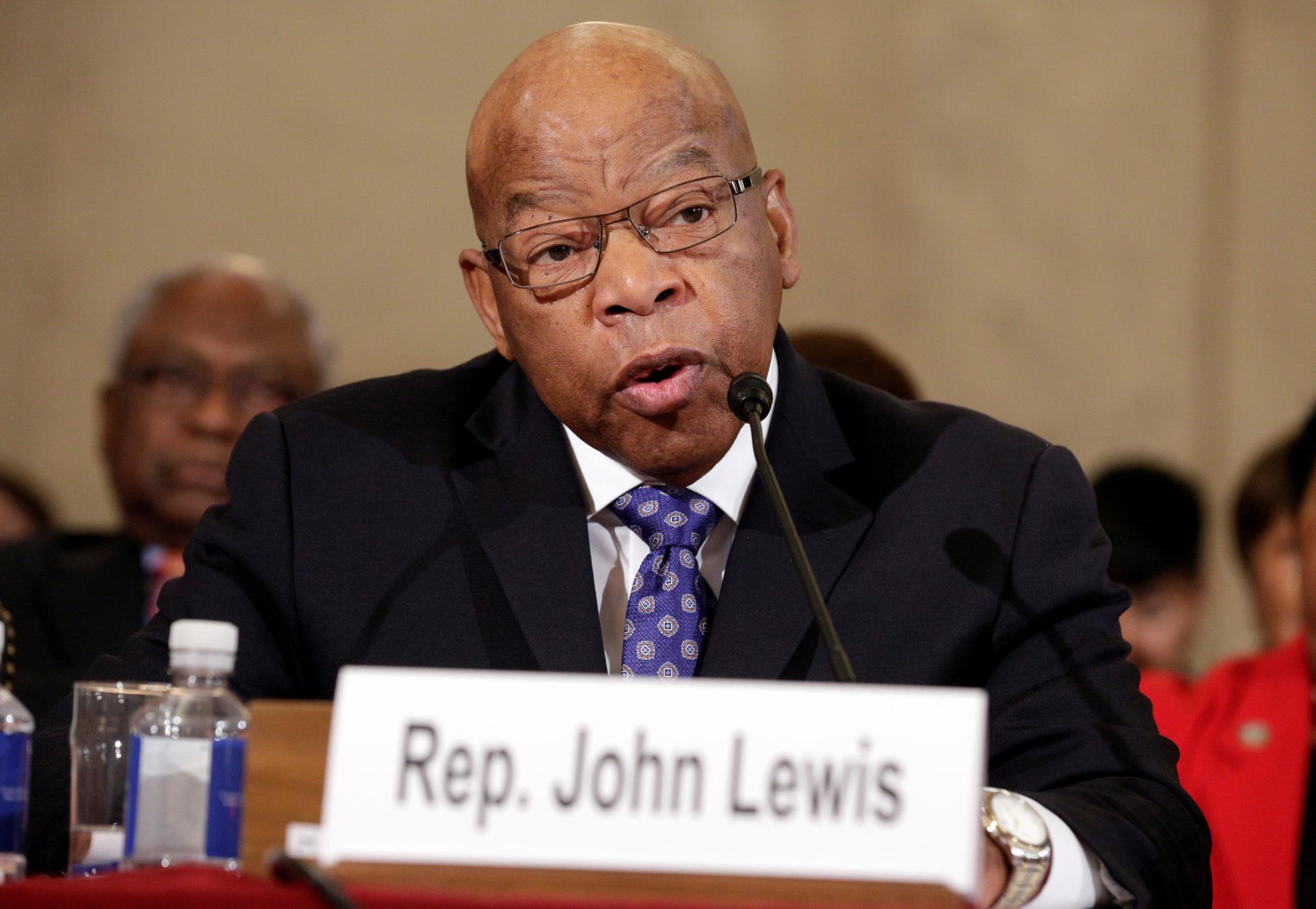 O congressista John Lewis foi duramente atacado por Donald Trump