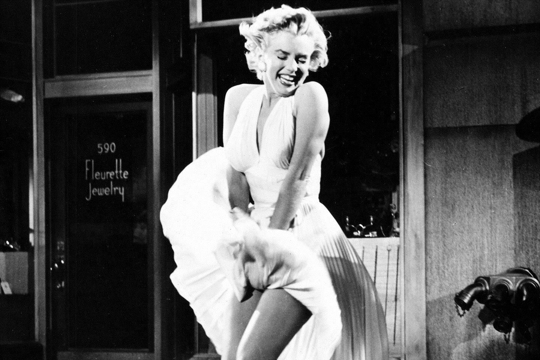 PÚBLICO - Há imagens inéditas daquela cena de Marilyn em <i>O Pecado Mora ao Lado</i>