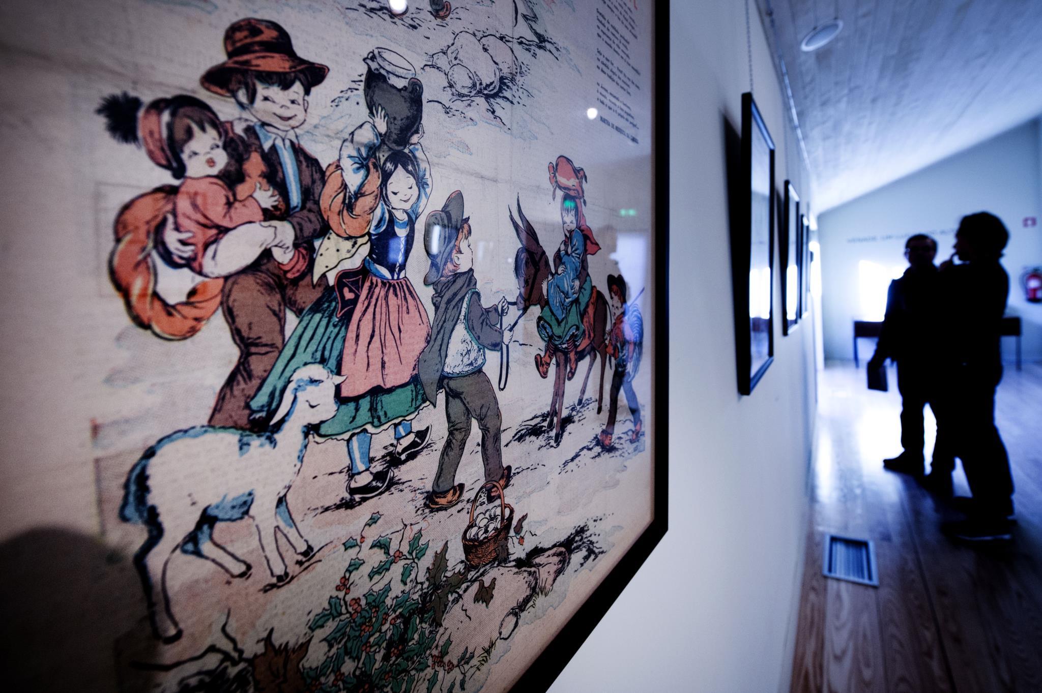 PÚBLICO - A ilustradora que coloriu o Portugal do século XX