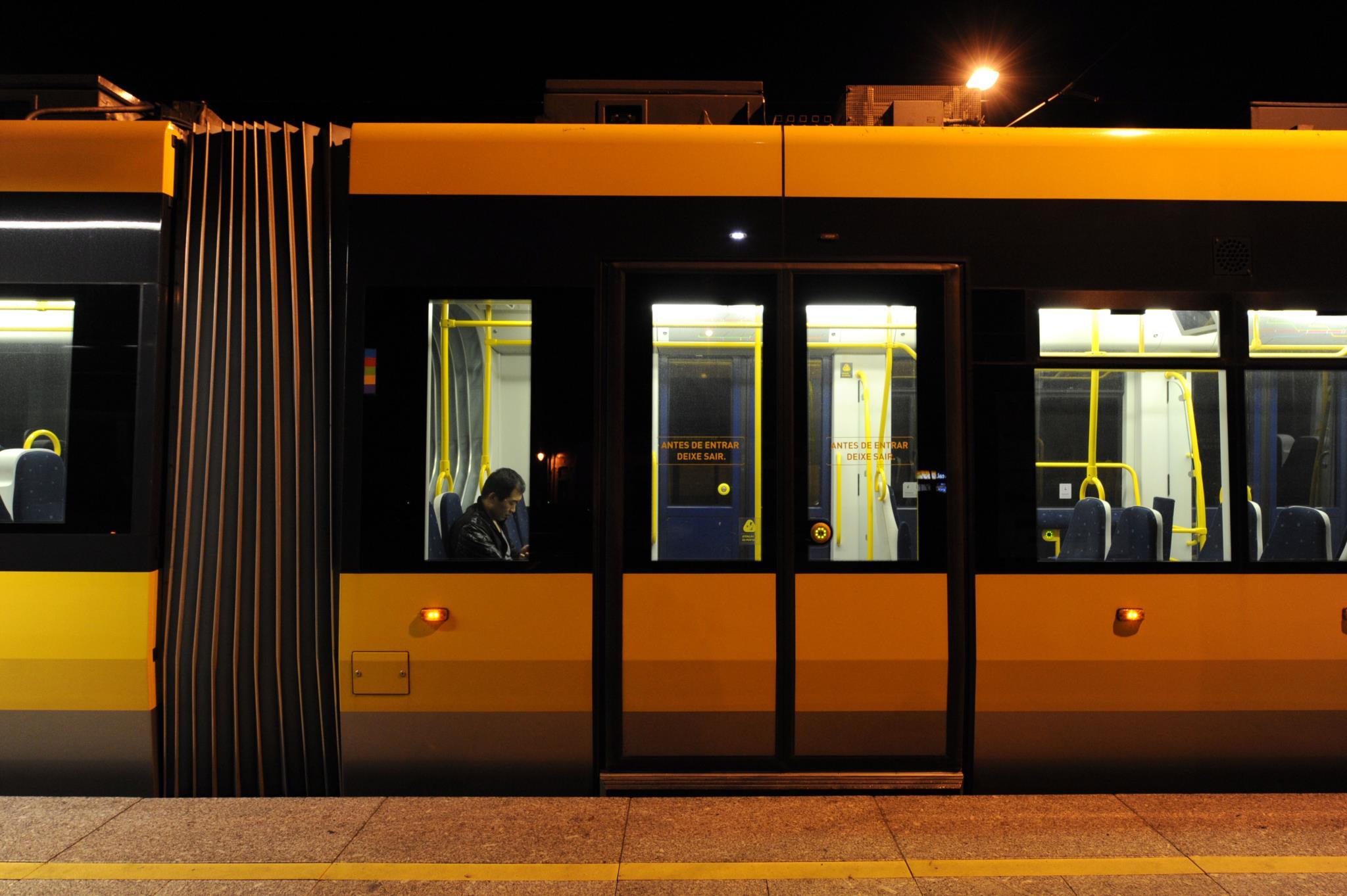 """PÚBLICO - Metro do Porto adjudica construção da estação junto ao <i>outlet</i> """"Nassica"""""""