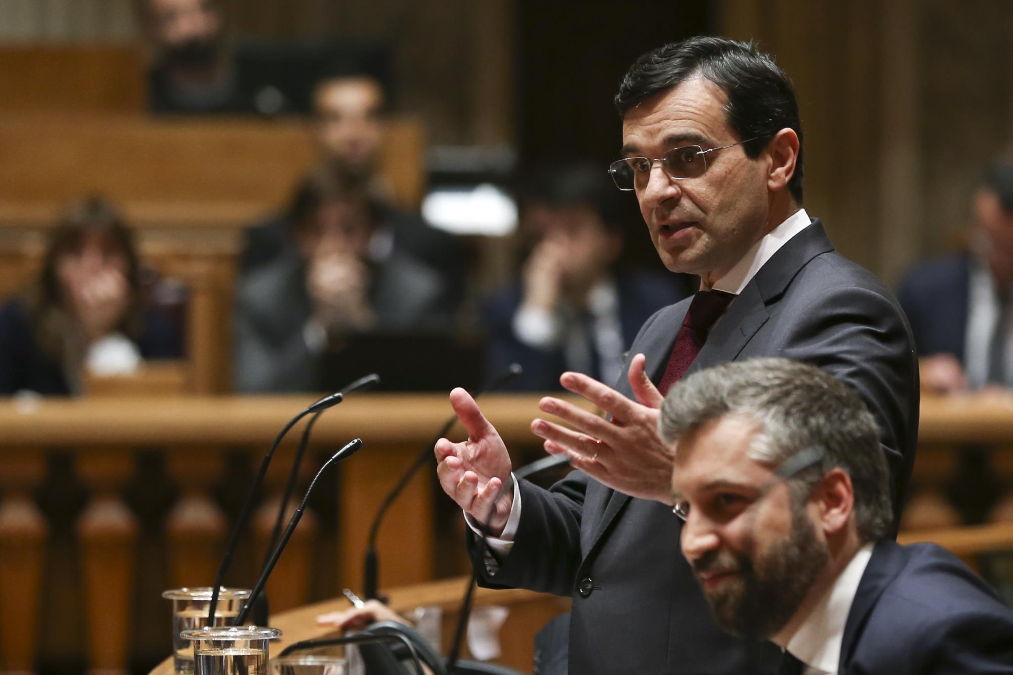 Adalberto Campos Fernandes no Parlamento