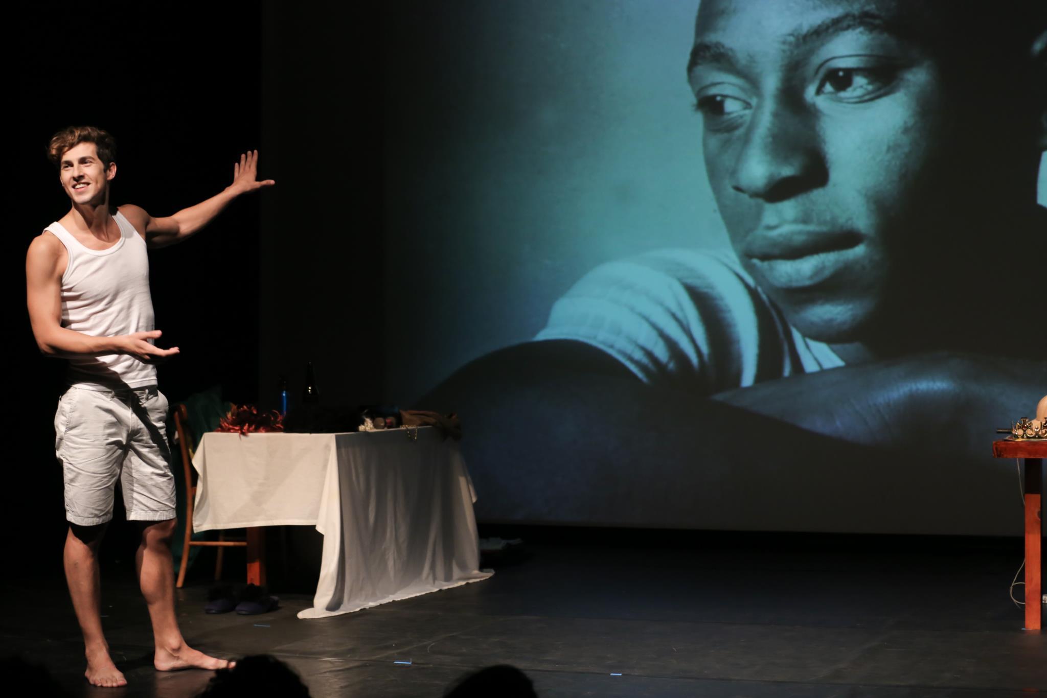 PÚBLICO - Do mundano ao sublime, Nelson Rodrigues em palco