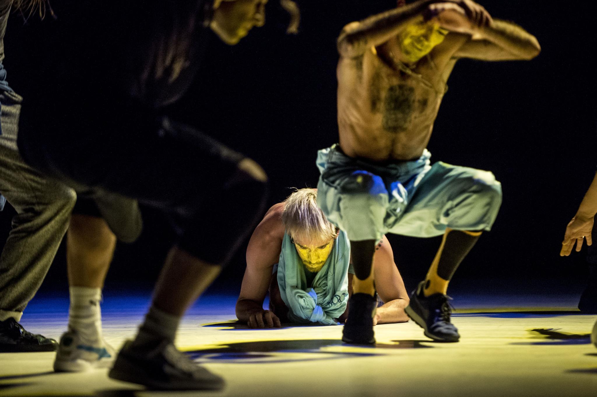 PÚBLICO - Dança escaldante em noite gelada