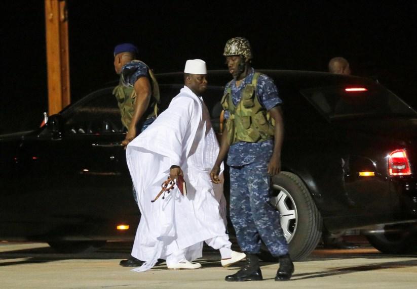 Ex-Presidente Jammeh este sábado, ao deixar a Gâmbia para o exílio na Guiné Equatorial