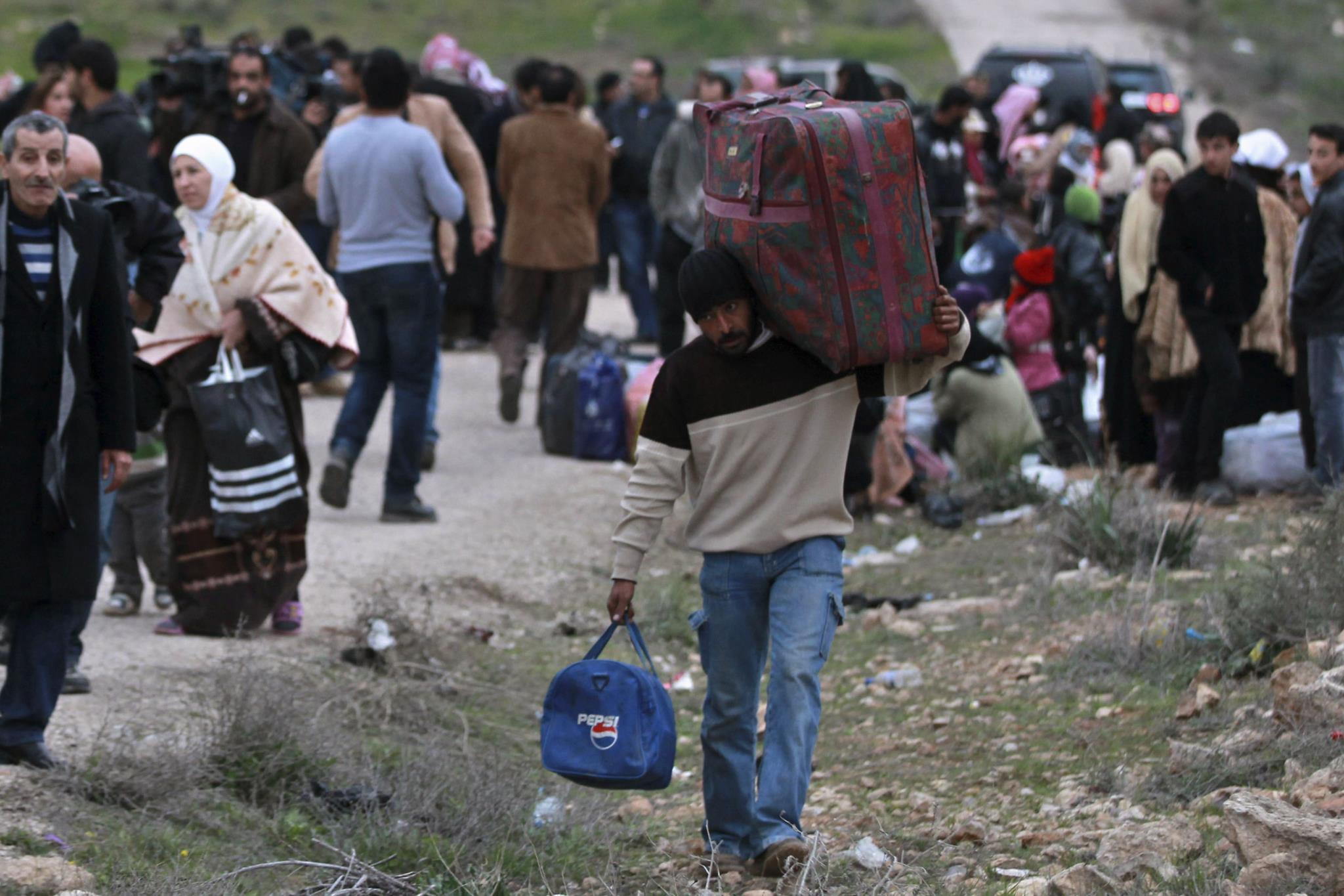 Trump quer limitar acolhimento de refugiados e exilados políticos