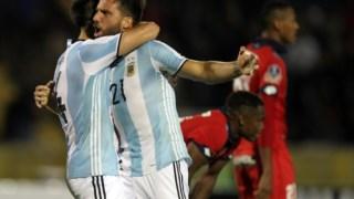 É a selecção argentina? Não, é o Atlético Tucumán