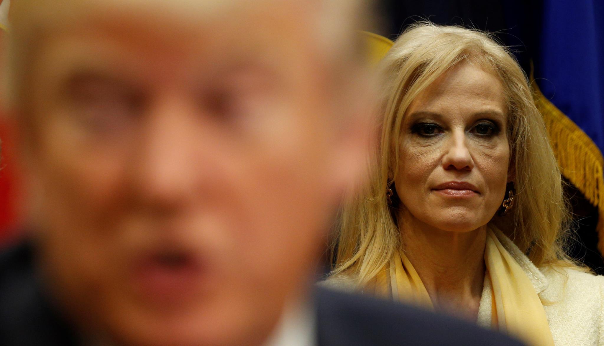 A conselheira da Casa Branca Kellyanne Conway inventou um ataque terrorista no Kentucky, Trump alegou que os media não noticiam os atentados