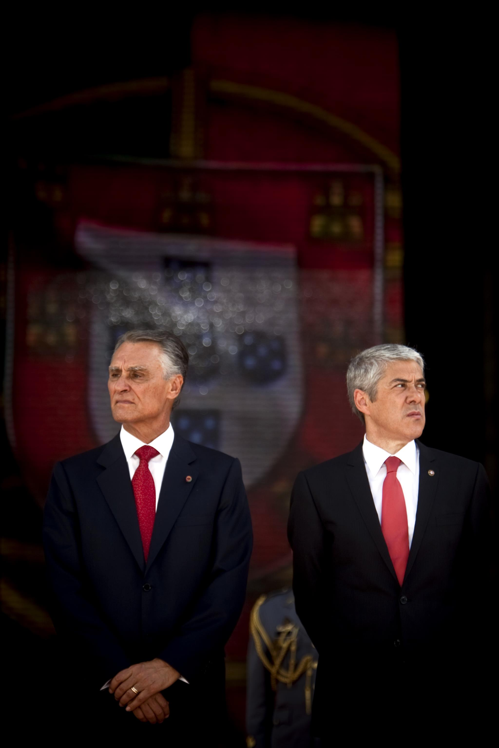 PÚBLICO - Cavaco e Sócrates: história de tensões numa relação difícil