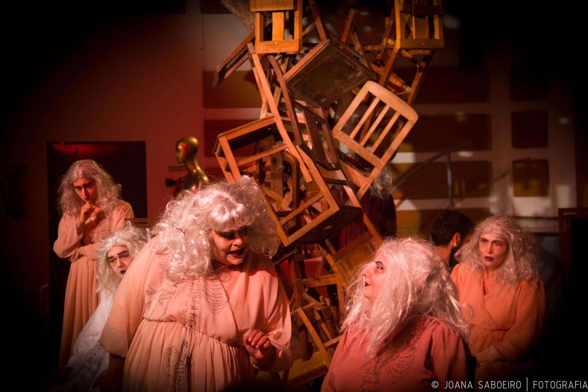 PÚBLICO - No Júlio de Matos, um teatro para acalmar a dor e reorganizar a vida
