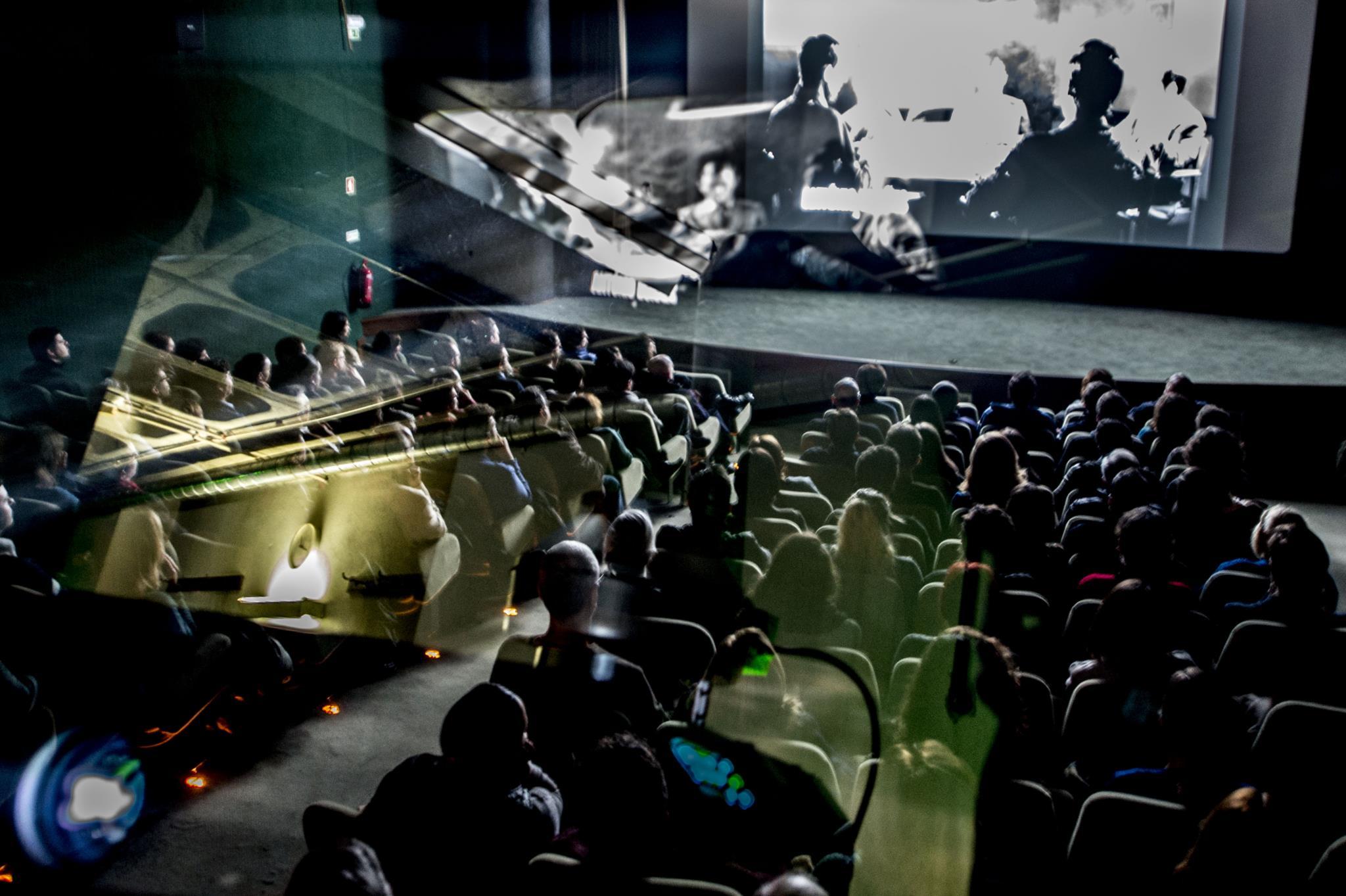 PÚBLICO - Enquanto o Porto espera pelo Batalha, o cinema vai mesmo no Trindade