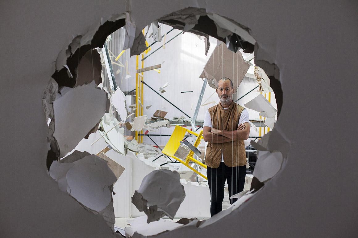 """PÚBLICO - Los Carpinteros: """"A imagem da explosão é recorrente na nossa cabeça. Porquê?"""""""