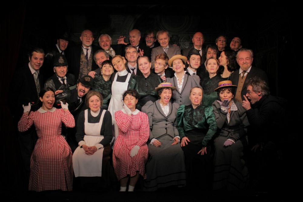 PÚBLICO - É recorde: 60 anos de apresentações de <i>A Cantora Careca</i> no mesmo teatro
