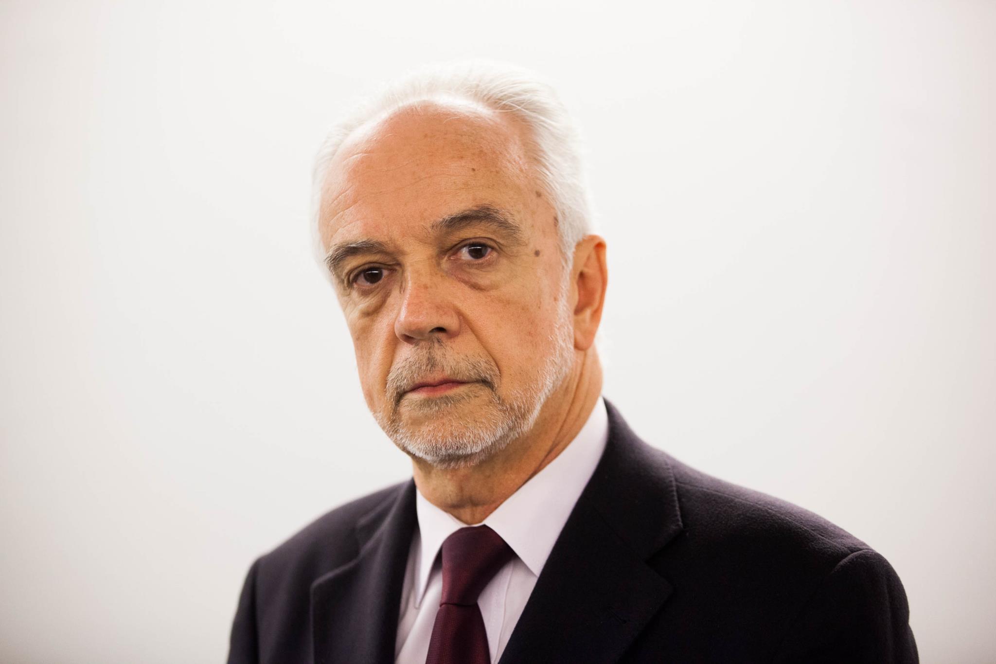 """PÚBLICO - Vice-presidente do TC e o """"notável instinto de sobrevivência"""" da sobretaxa"""