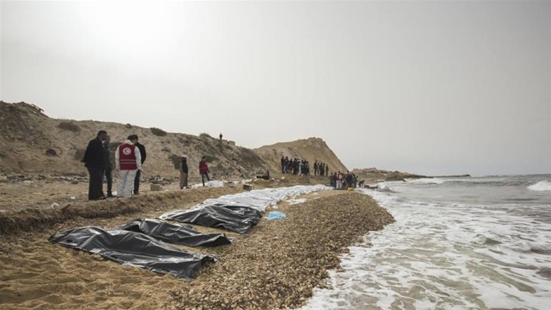 PÚBLICO - Corpos de 74 pessoas dão à costa na Líbia