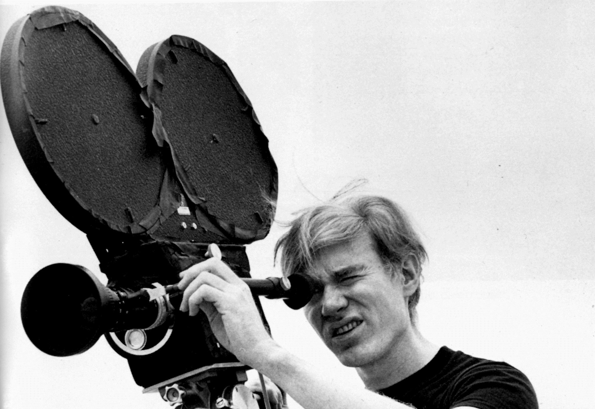 PÚBLICO - A morte de Warhol poderá ter sido menos inexplicável do que julgávamos