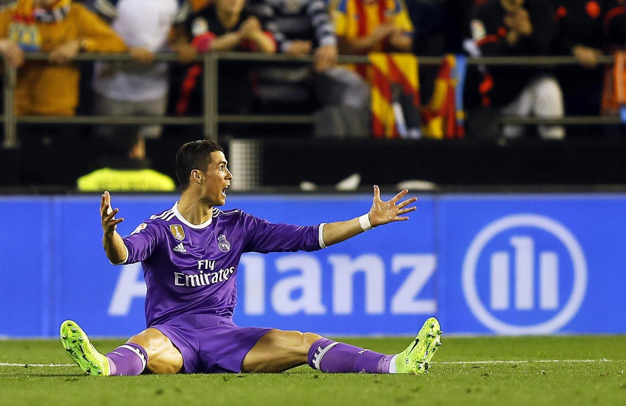 PÚBLICO - Valência, sim o Valência, derrotou o Real Madrid