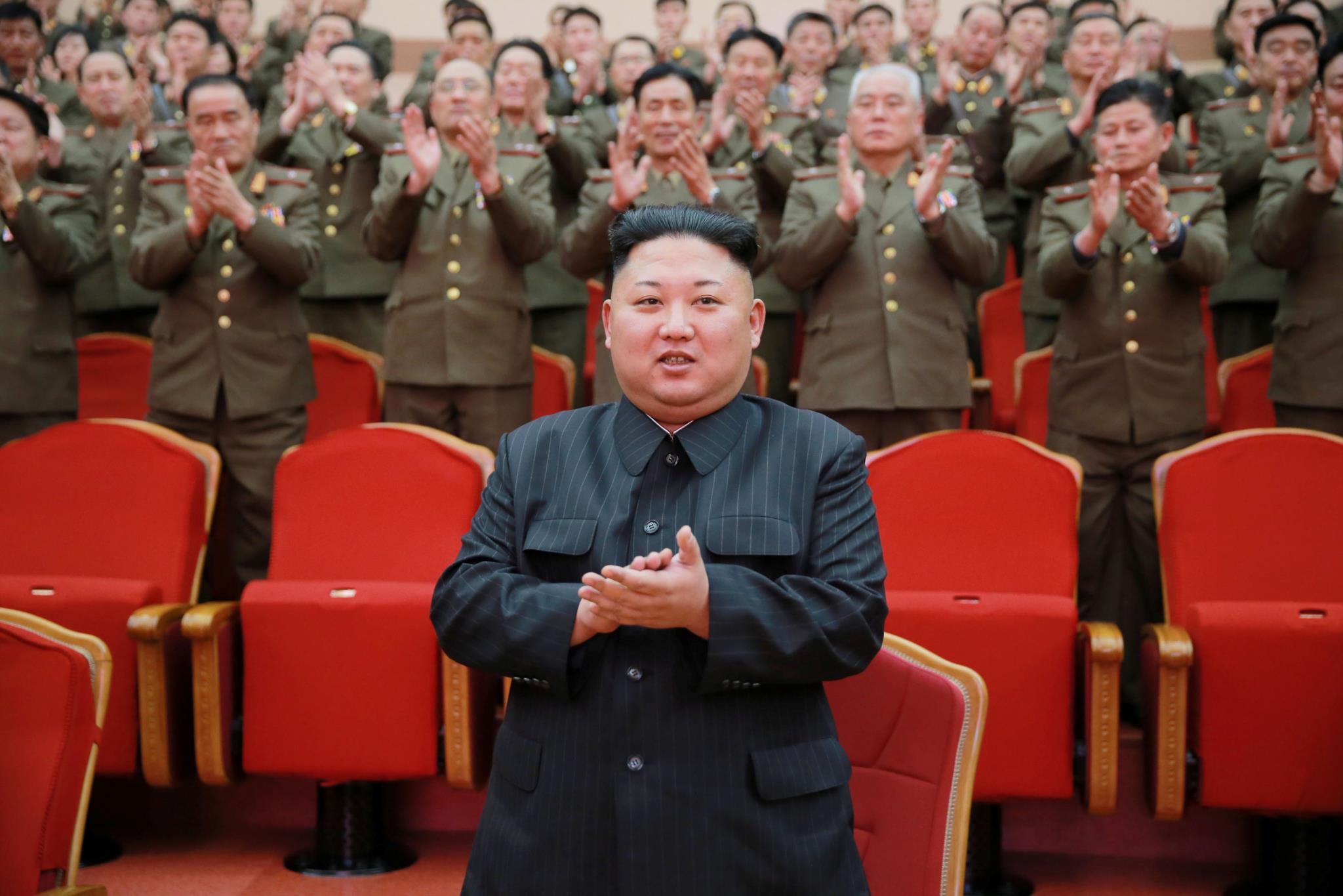 PÚBLICO - Coreia do Norte terá o terceiro maior arsenal de armas químicas