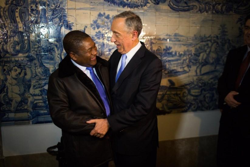 O Presidente moçambicano Filipe Nyusi foi dos raros chefes de Estado convidados por Marcelo para a sua tomada de posse