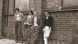 Em 1977, na Inglaterra, eis como soava uma banda punk