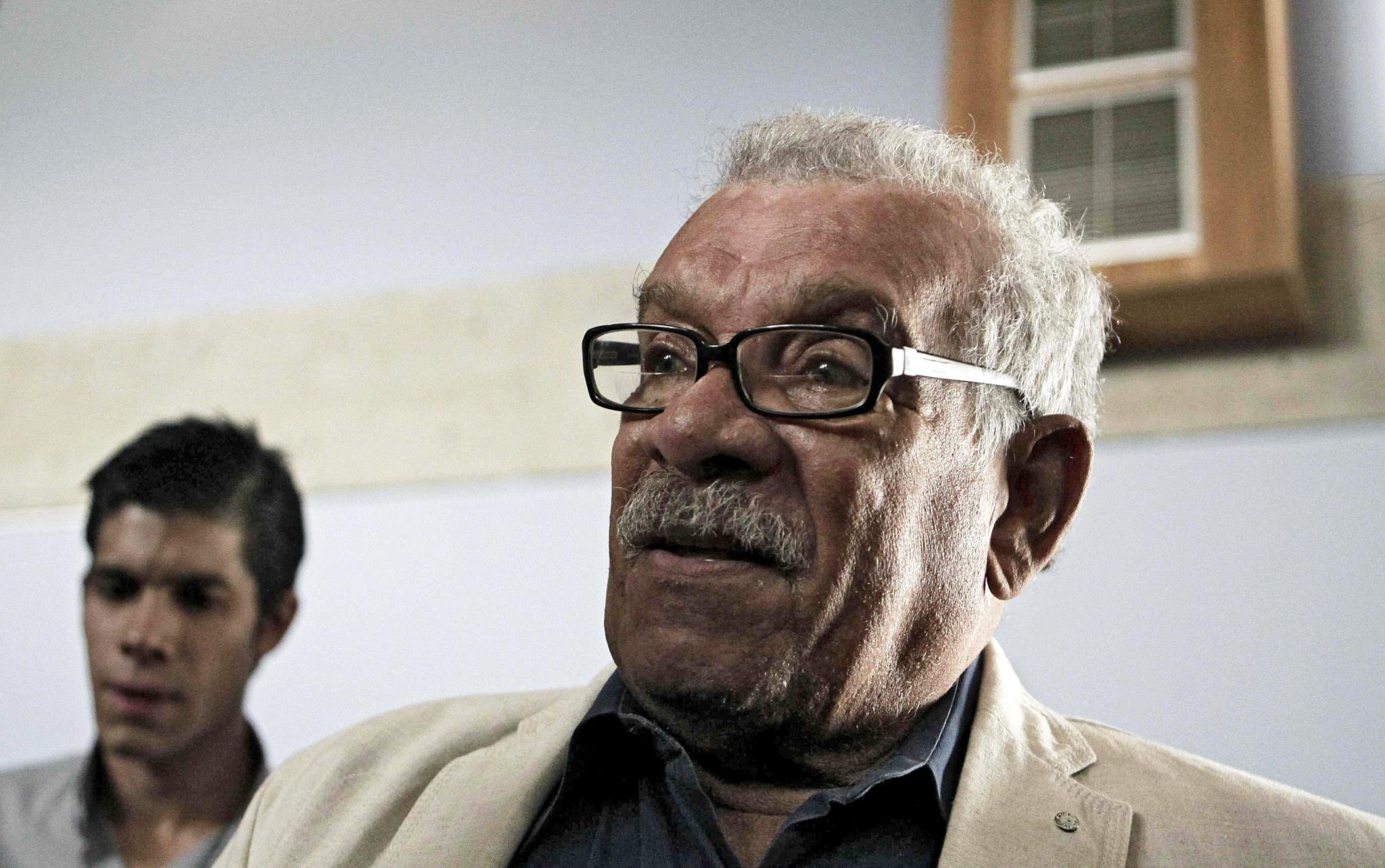 PÚBLICO - Morreu Derek Walcott, o poeta que vivia entre dois mundos (pelo menos)