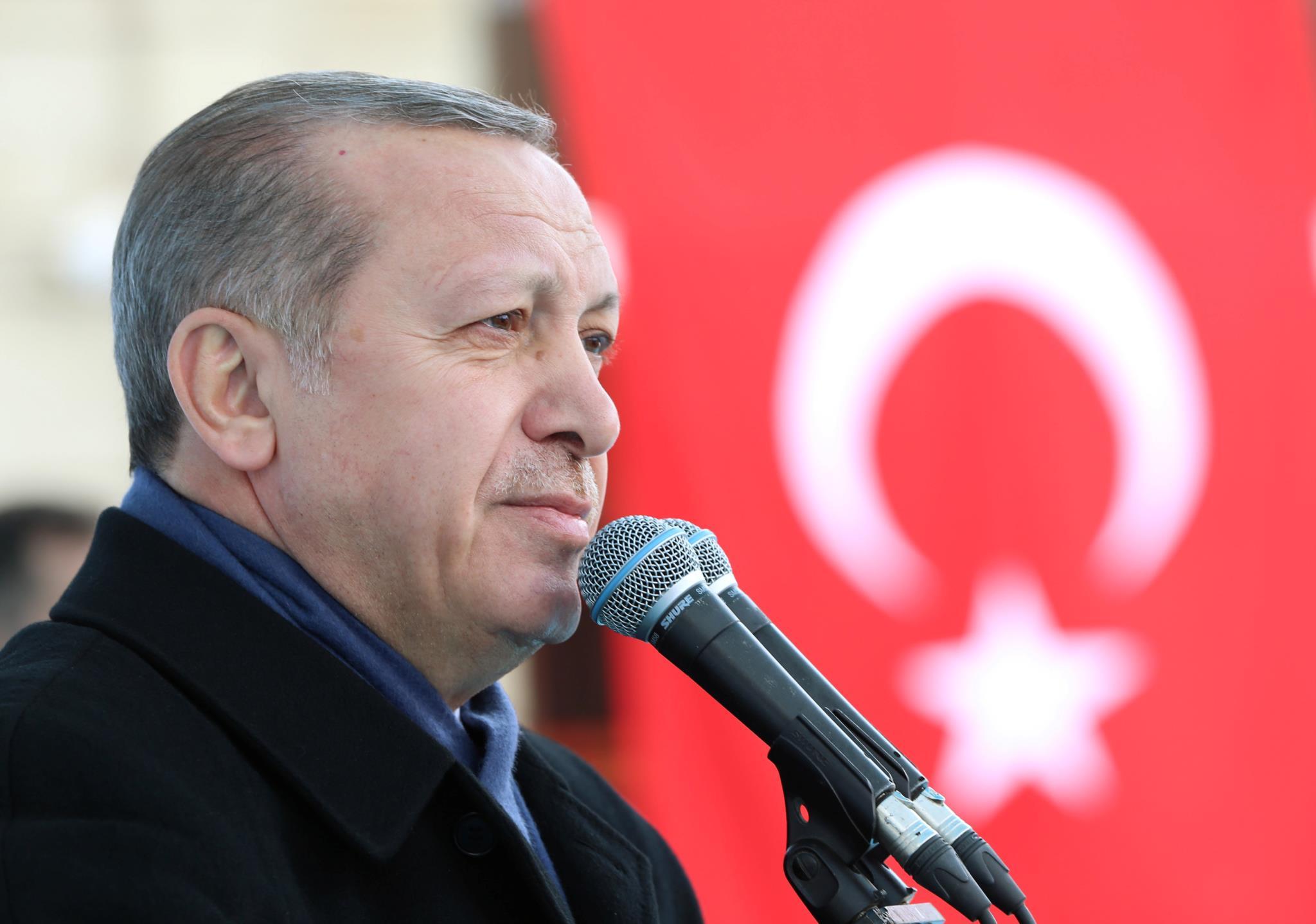 """Recep Erdogan apelidou o Governo holandês de """"fascista"""" e """"nazi""""."""