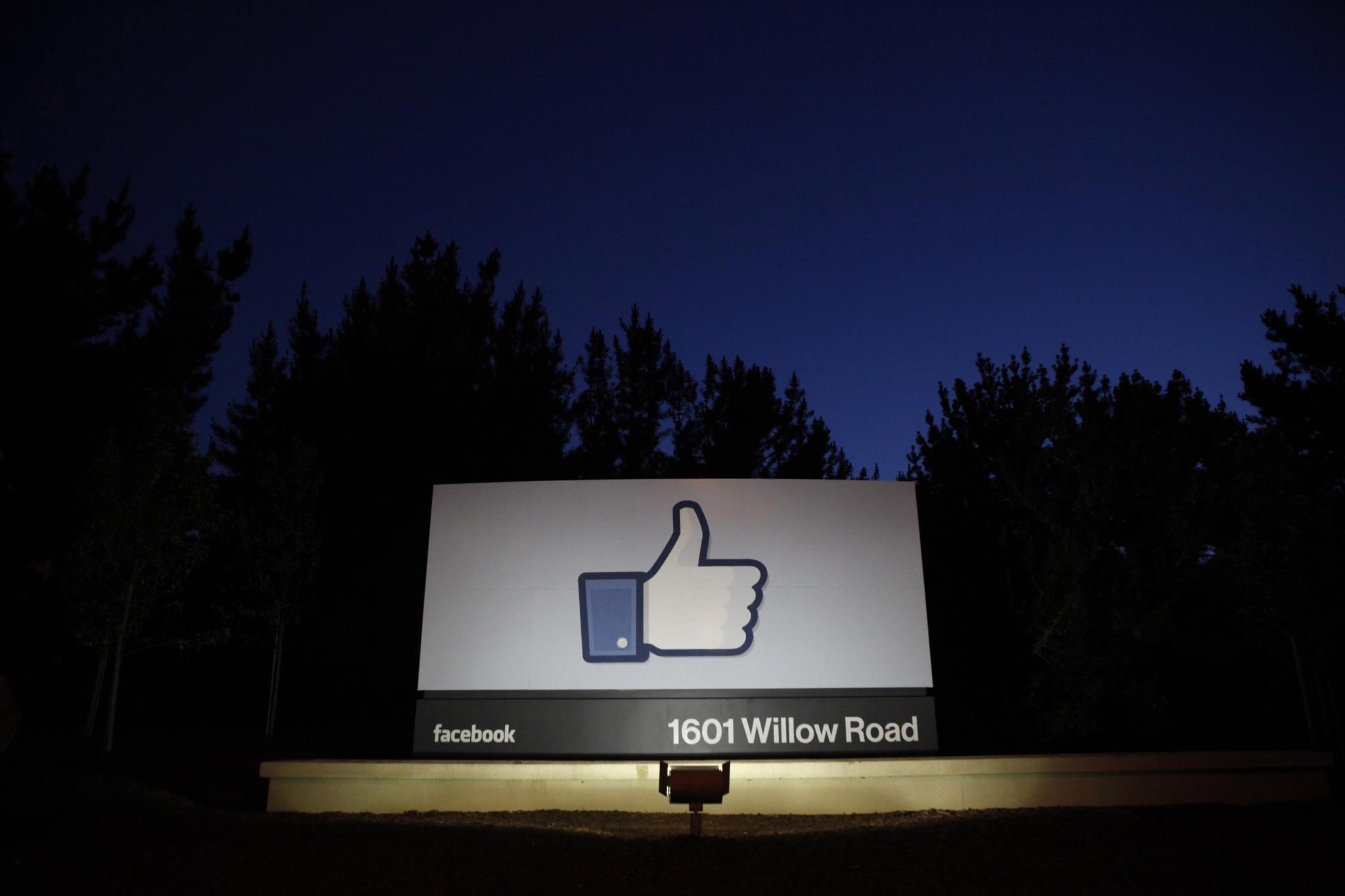 Estudos indicam que partilhas nas redes sociais validam notícias falsas