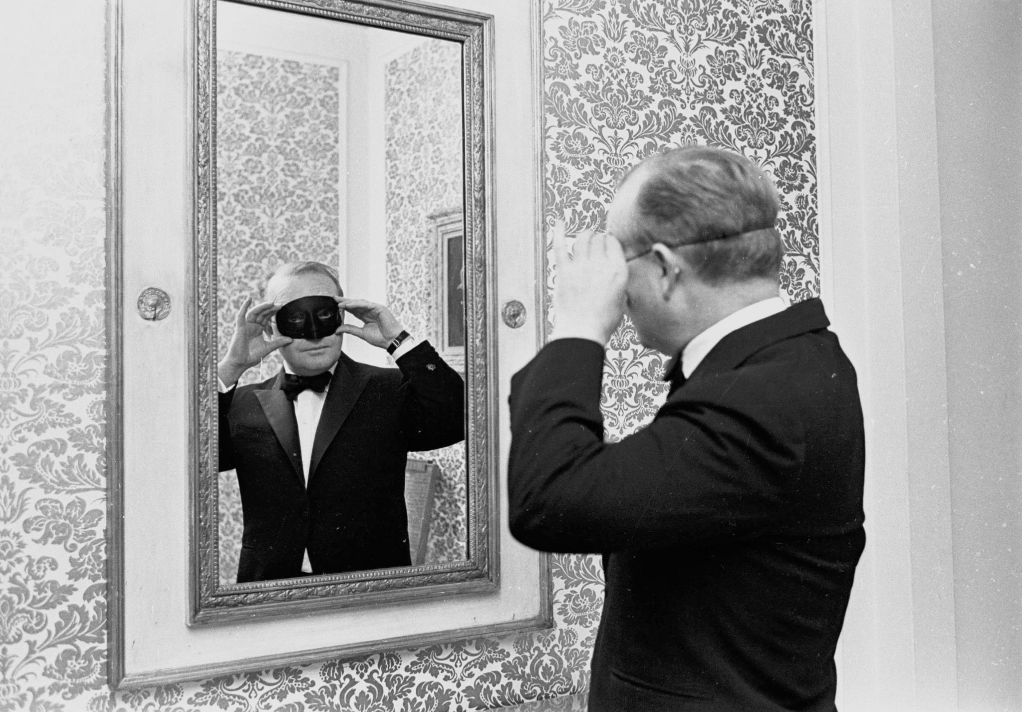 PÚBLICO - Truman Capote e <i>A Sangue Frio</i>: afinal havia outro