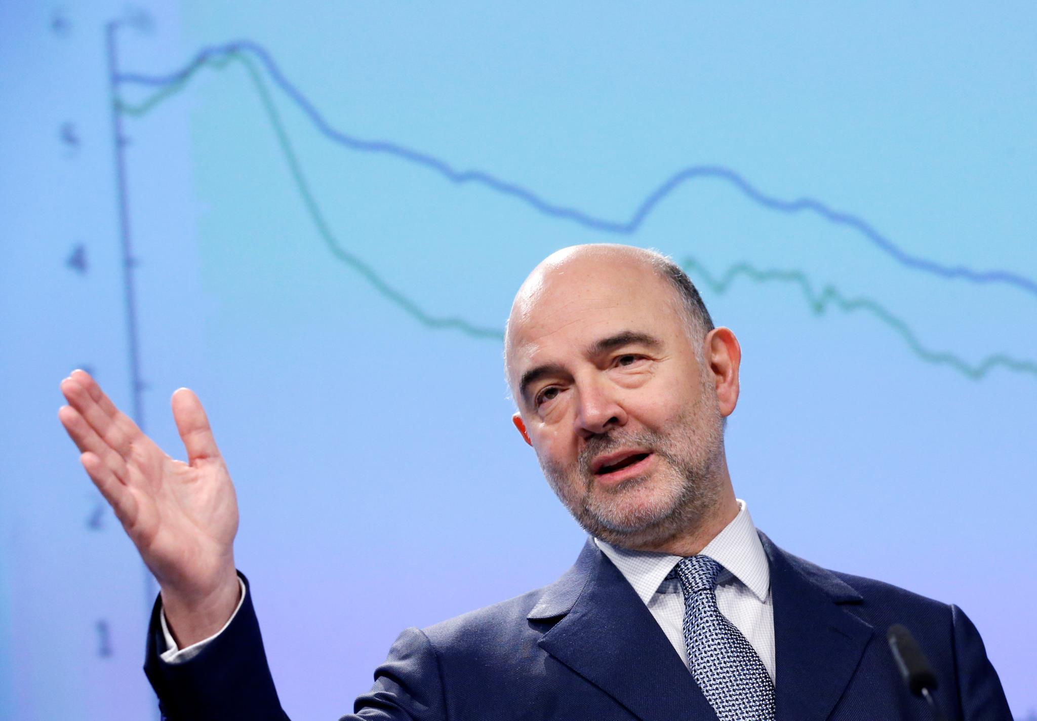 PÚBLICO - Bruxelas descontente com estratégia de redução da despesa do Governo