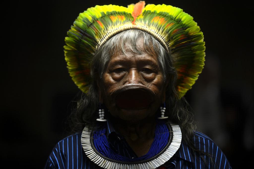PÚBLICO - Tribo brasileira indemnizada por danos espirituais provocados por queda de avião