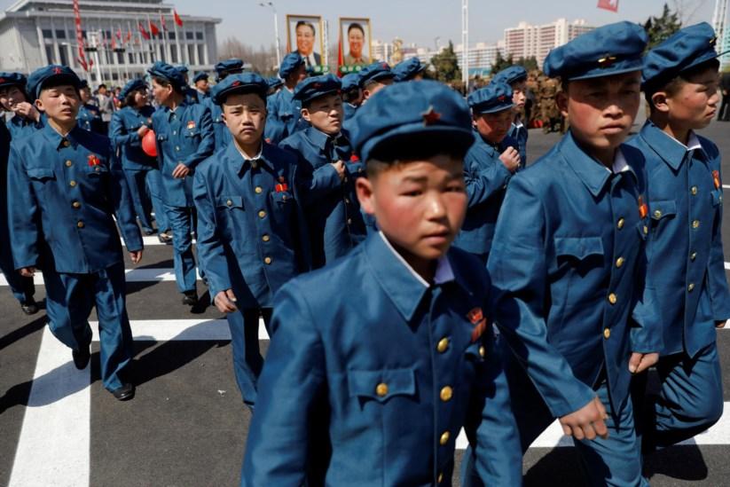 Pyongyang celebrou com pompa a abertura de uma nova avenida, na presença do próprio Kim-Jong un