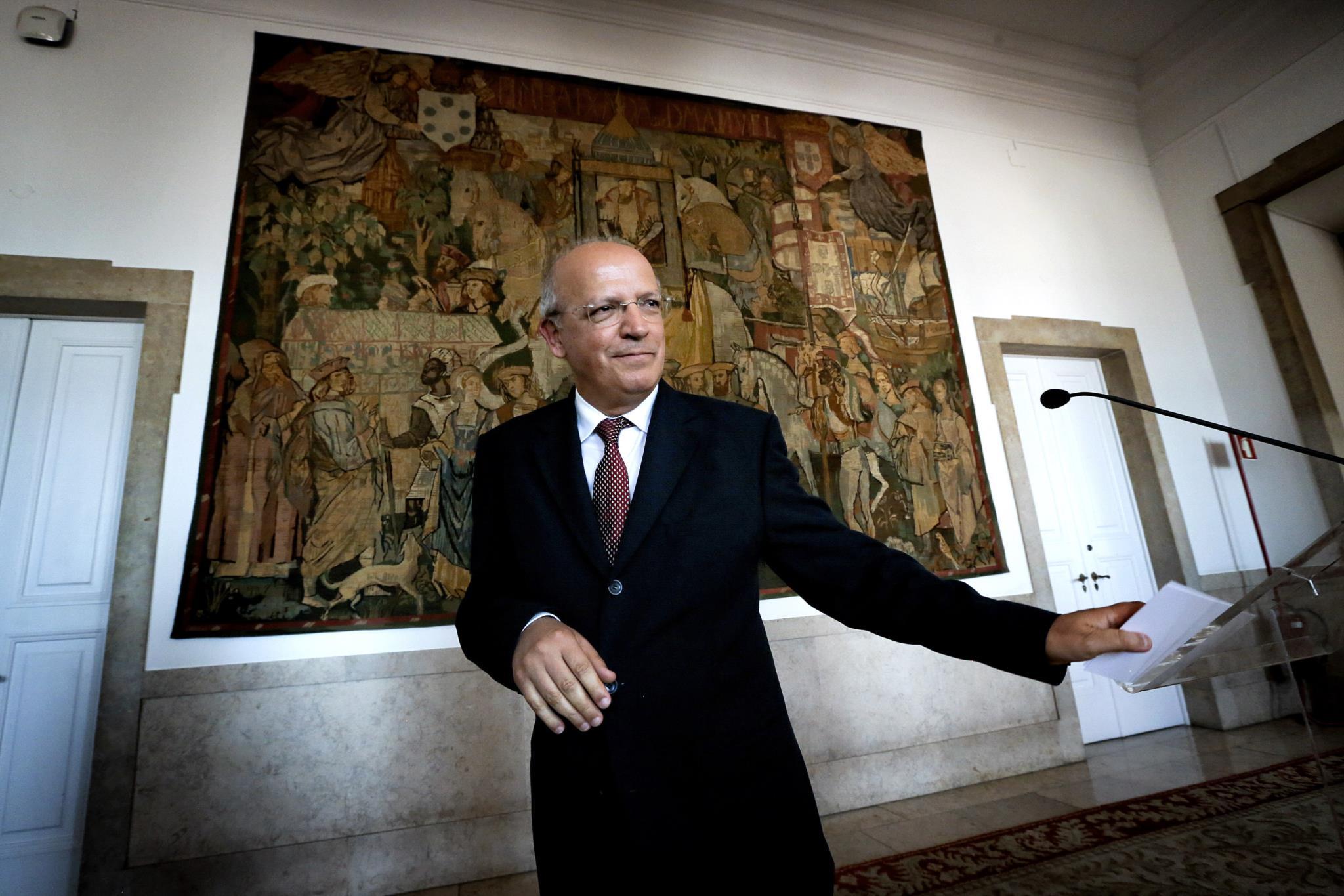 PÚBLICO - Diogo Queiroz de Andrade