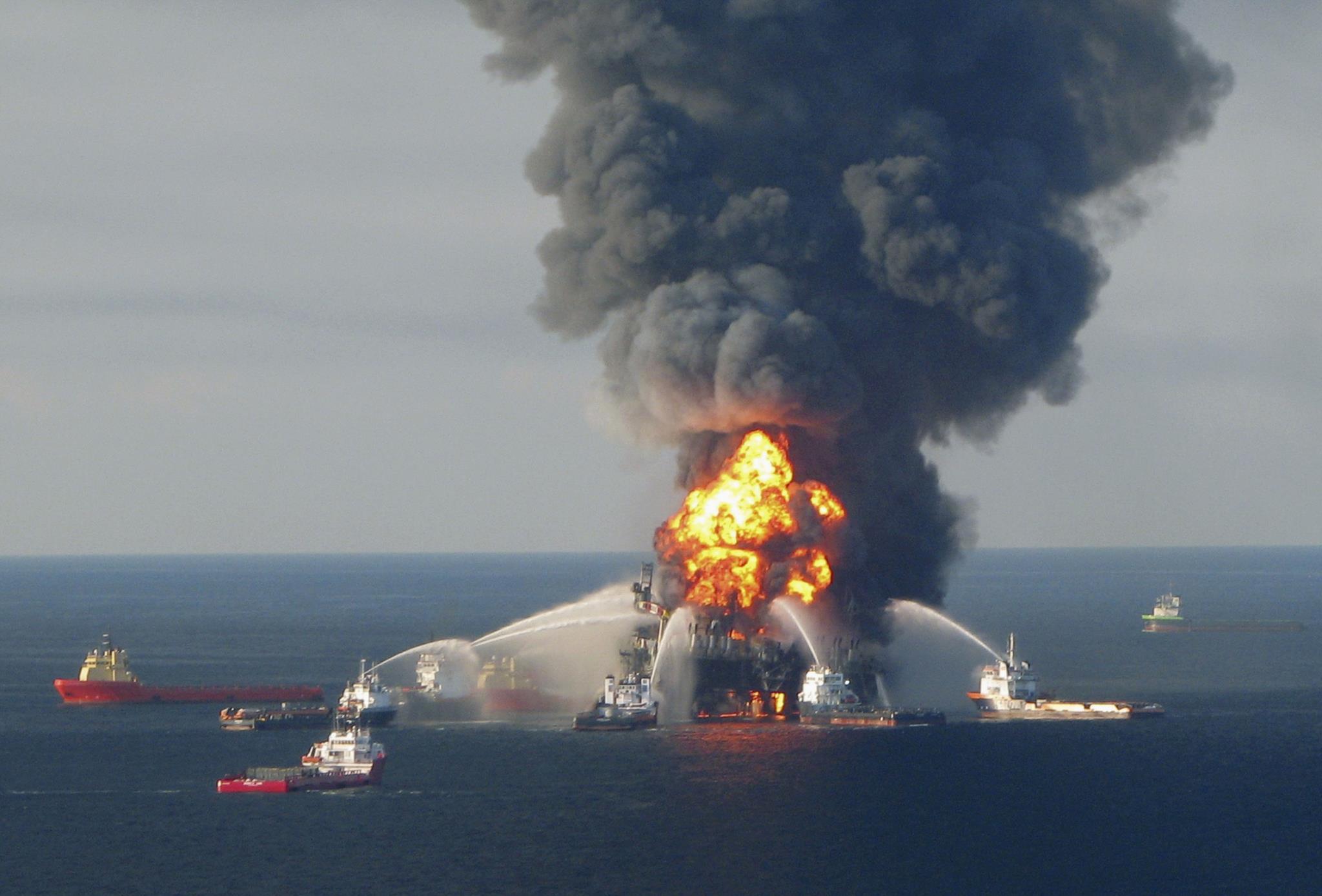 PÚBLICO - Quanto custou o derrame da plataforma Deepwater Horizon à natureza?