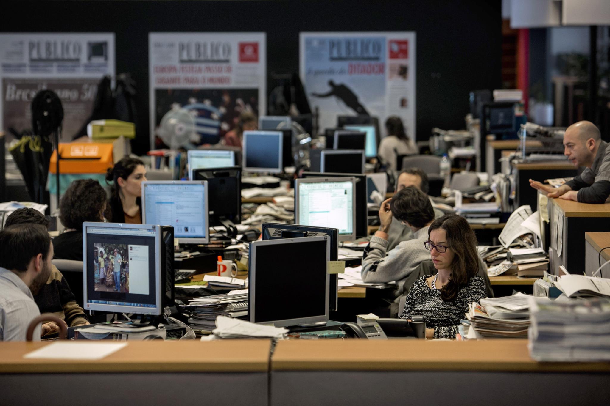 PÚBLICO - P24: PÚBLICO lança noticiário personalizado em áudio
