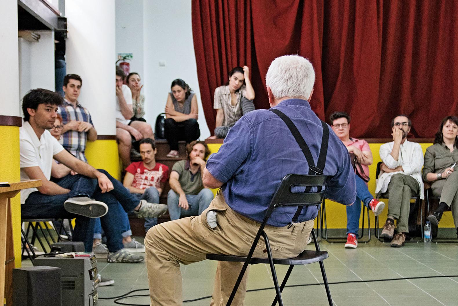 PÚBLICO - O teatro dentro da cabeça de Luis Miguel Cintra