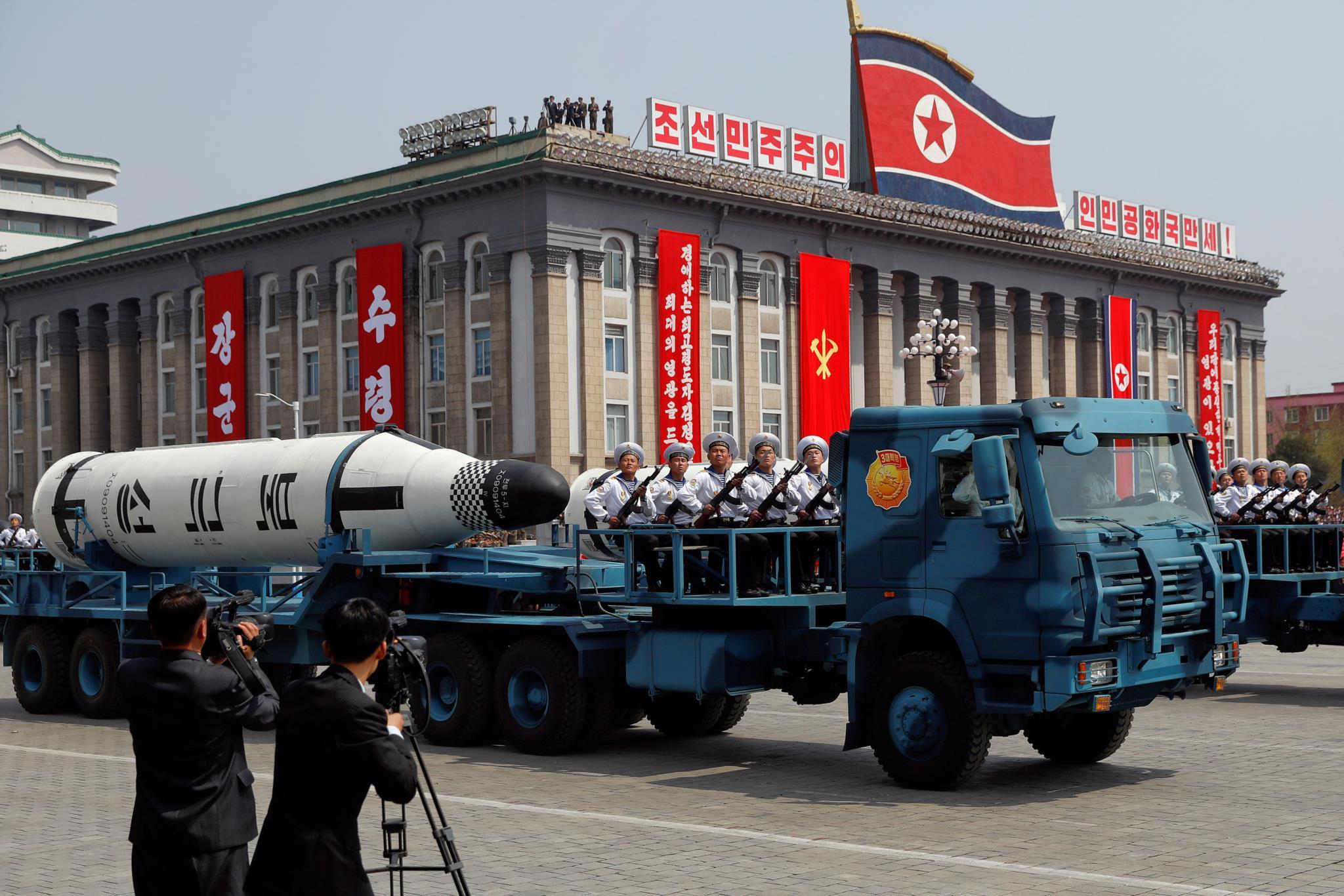 PÚBLICO - Coreia do Norte lança novo míssil balístico, EUA dizem que teste falhou